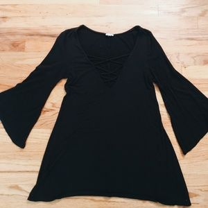 URBAN OUTFITTERS BLACK CROSS-NECK BLOUSE